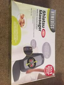 FREE DELIVERY AS NEW HOMEDICS SHIATSU PORTABLE BACK MASSAGER SBM-179H-3GB WITH HEAT MOVES UP & DOWN