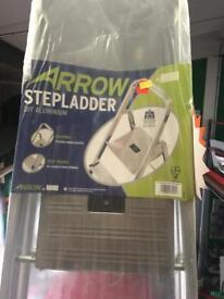 Arrow step ladders