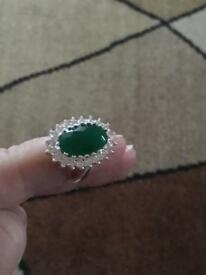 Ladies sterling silver ring with emerald and white Topaz stones hallmarked 925