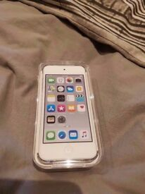 Apple iPod Touch Silver SEALED