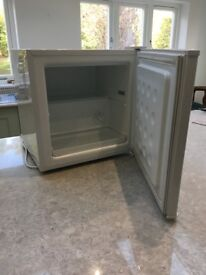 White Table Top Freezer (Argos) in excellent condition for quick sale