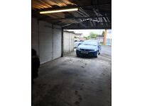 LARGE GARAGE/PARKING SPACE TO LET (LANGLEY AREA) REMOTE CONTROL SHUTTER