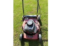 Sovereign SV6D Briggs and Stratton 4 cycle engine