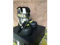 Sorel Toddler Snow Commander Boots size 24