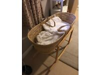 Crib and stand wicker good condition