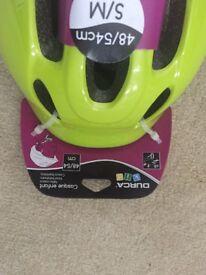 Green Kids Helmet **NEW**