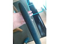 Tyres bicycle bike 700x38c (semi slick) and 700x35c (slick) both in very good condition