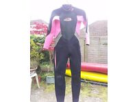 Wetsuit Full length Girls age 11-12 Osprey Pink & Black Great condition