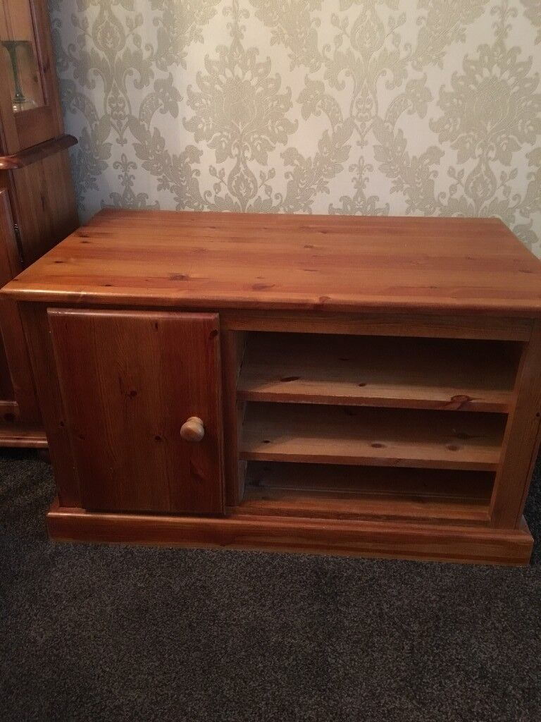ANTIQUE PINE TV CABINET - ANTIQUE PINE TV CABINET In Oldham, Manchester Gumtree