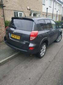 Toyota RAV4 2.2D T180 Fully Loaded. Black Leather. SatNAV and Extras.