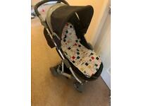 Mama's and Papa's Luna Pram and Fixed Car seat
