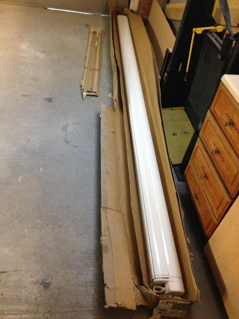 Fiamma f45 awning 4 meter grey and white material. Caravan, motorhome or van