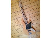 Squire Jazz Bass Vintage Modified Guitar