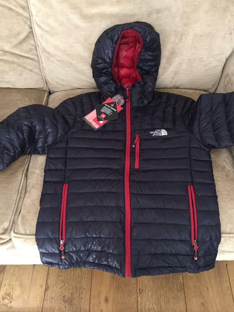 North face men's jacket. New with tags . Size xl