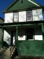 2 BEDROOM UPPER DUPLEX IN REDWOOD. Available July 1st !
