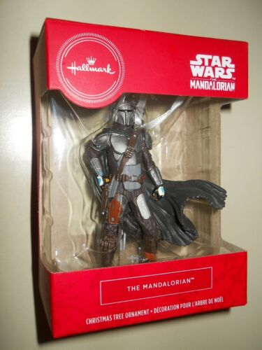 THE MANDALOREAN ( 2020 ) ( WALMART ) HALLMARK CHRISTMAS TREE ORNAMENT FIGURE
