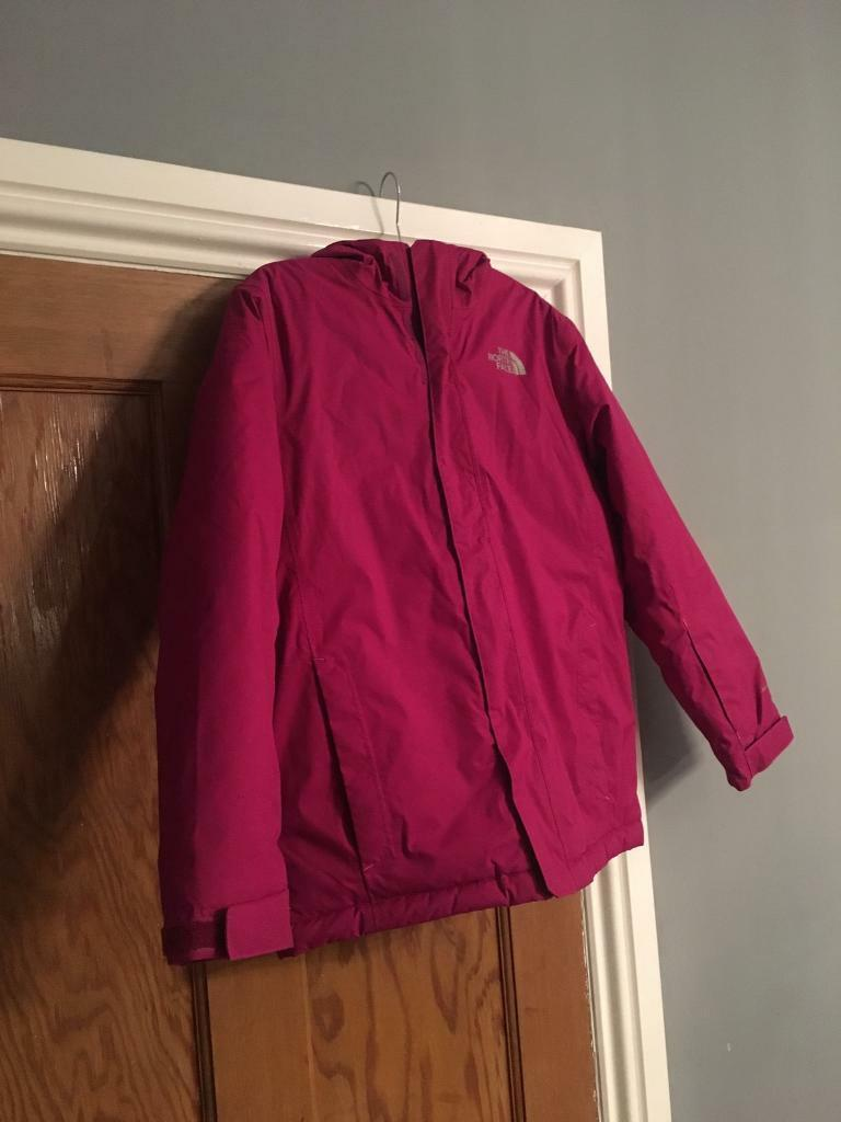 Perfect condition The North Face Girls Ski/waterproof jacket. Perfect condtion. Size L age 13/14 yrs