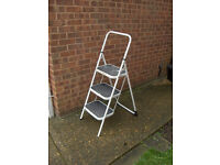 Step Ladders 3 Step FREE LOCAL DELIVERY