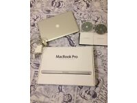 "APPLE MACBOOK PRO 17"" EARLY 2011, i7 PROCESSOR 8GB RAM, 750GB HDD"