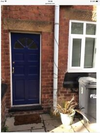 Large duplex flat /1 bed house Penyffordd Chester available now