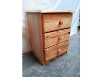 Wooden furniture/bedsite cabinet/chest in good condition - CAN BE PAINT!