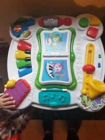 Leap frog learn and grove play table