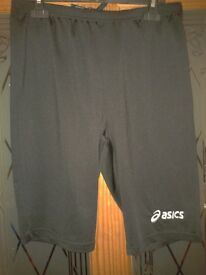 Ladies Asics sports gym yoga shorts Black Size XL
