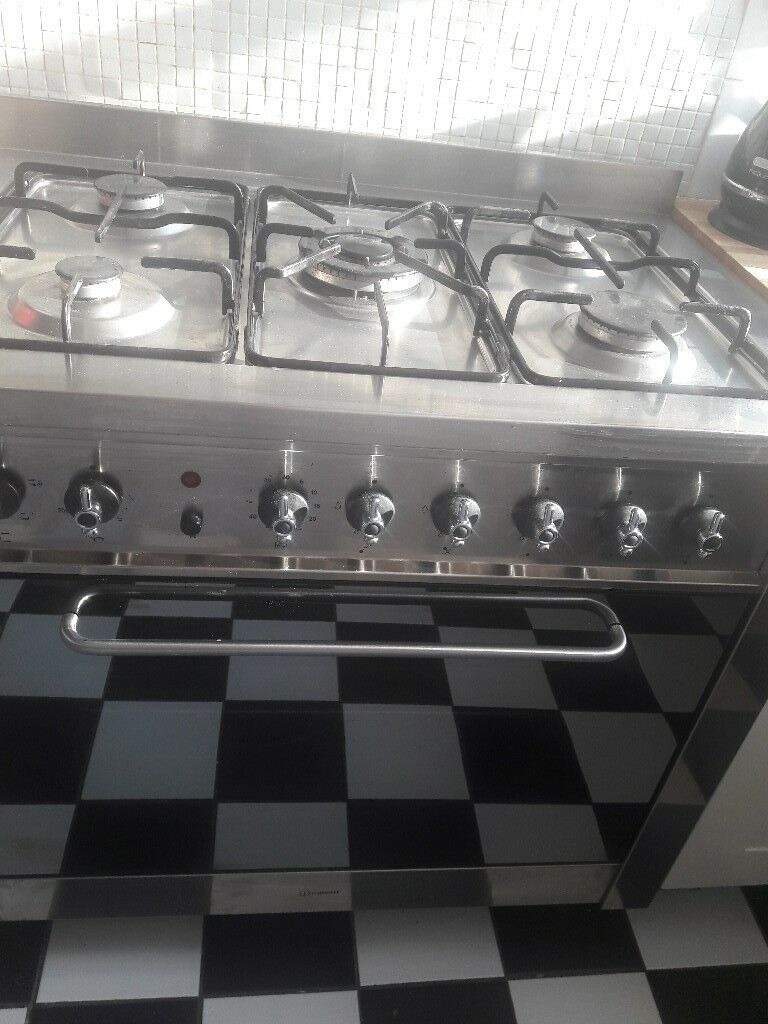 Indesit Large Single Electric Oven With 5 Gas Hobs
