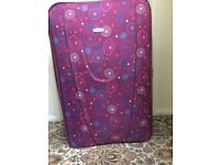 Very big suitcase in very good condition only £25