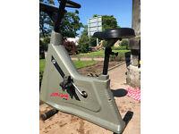 Life Fitness Life Cycle 9100
