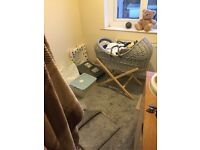 Clair de lune grey Moses basket with stand