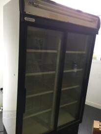STAYCOLD SLIDING DOORS DISPLAY CHILLER