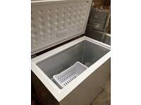 Chest freezer Logik
