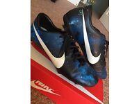 Nike Mercurial Vapor IX CR7 Galaxy Football Boots (size 8)