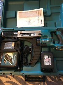 CORDLESS AUTOFEED SCREWDRIVER BFR750 MAKITA GREAT CONDITION