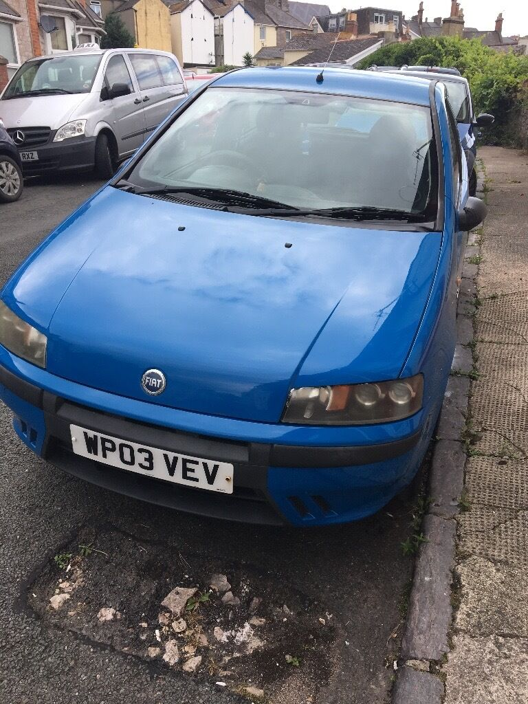 Fiat Punto Active Sport 1.2 in French Racing Blue
