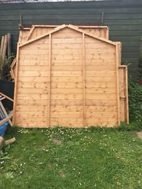 Garden shed, new brought but no longer needed
