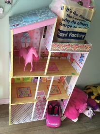 Large dolls house few accessories