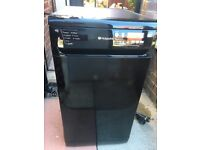 Hotpoint dishwasher for sale, good working order very clean, few marks on the top, pick up only ....