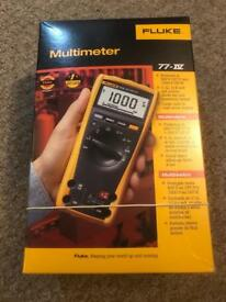 Fluke 77-4 multimeter