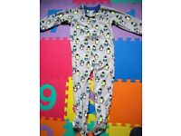 Brand New Penguin Fleece Feet Pyjamas. Never Worn. Size 4 YRS.