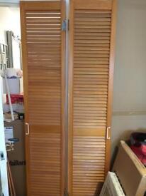 PINE WOODEN LOUVRE BI FOLD DOORS 198cm x 38cm X 2 IDEAL FOR STORAGE CUPBOARD OR WARDROBE