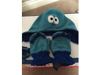Next hat and mittens set, age 3-6 years, excellent condition