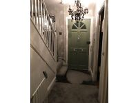 2 bed ffm in Brentford for anywhere