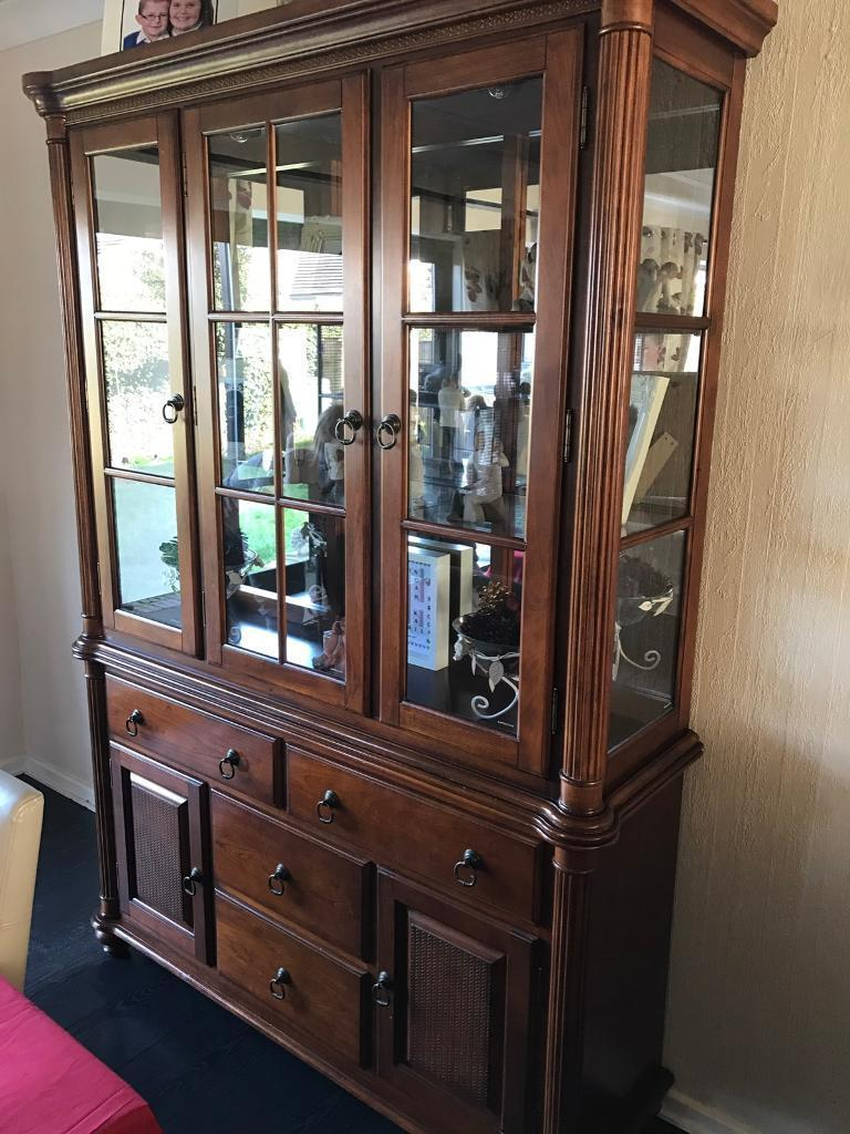 Large unitin Nunthorpe, North YorkshireGumtree - Large unit with 2 internal lights Collection from Nunthorpe Contents not included