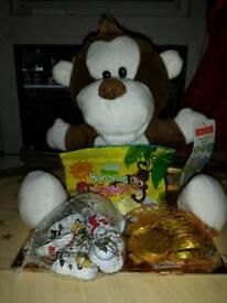 Monkey hamper gift