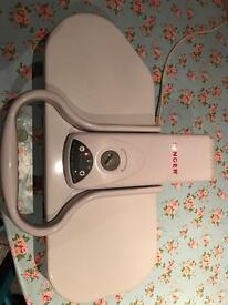 Singer ironing press