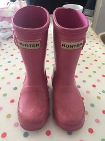 Pink hunters girls wellies size 7