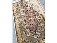 Rug in clean condition Size - 165cm x 108cm Great for livingrooms or hallways