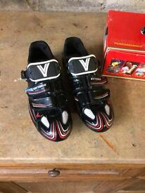 SPD cycling shoes